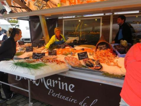 Fish stall at the Chartrons market